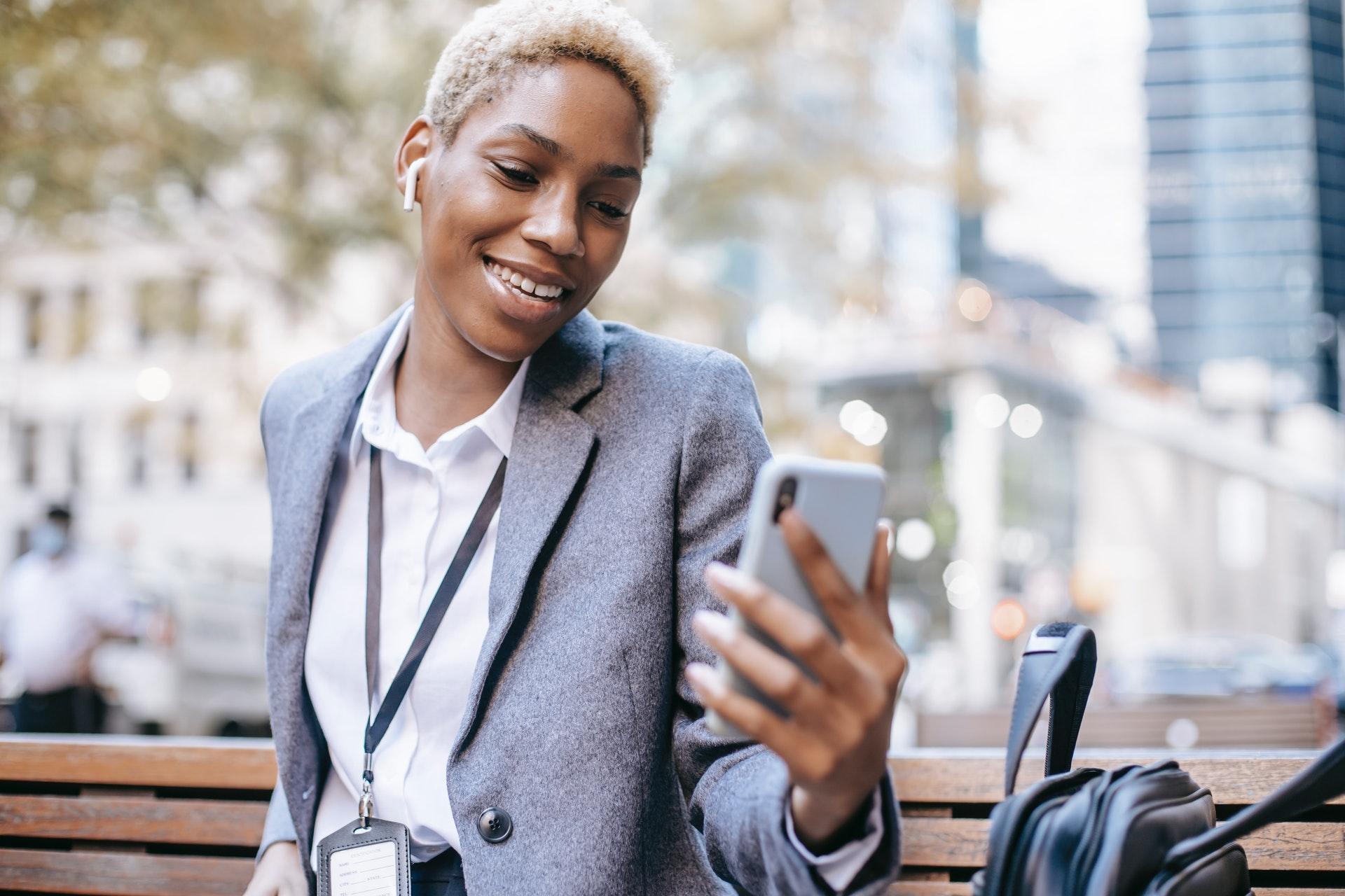 Fyra sätt att komma igång och lyckas med social selling